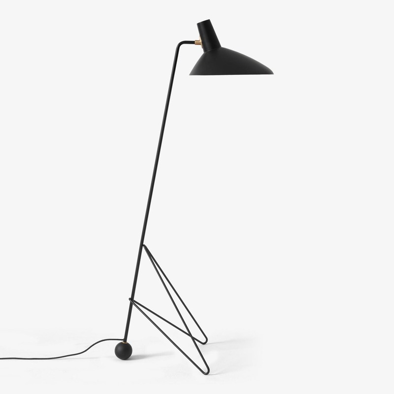 Торшер &Tradition Tripod Floor lamp HM8 black. Изображение 1